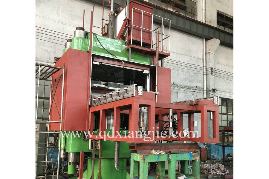 solid tyre making machine